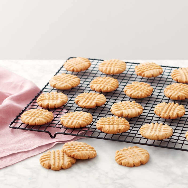 Recipe Right Non-Stick Cooling Grid, 16 x 10-Inch image number 4
