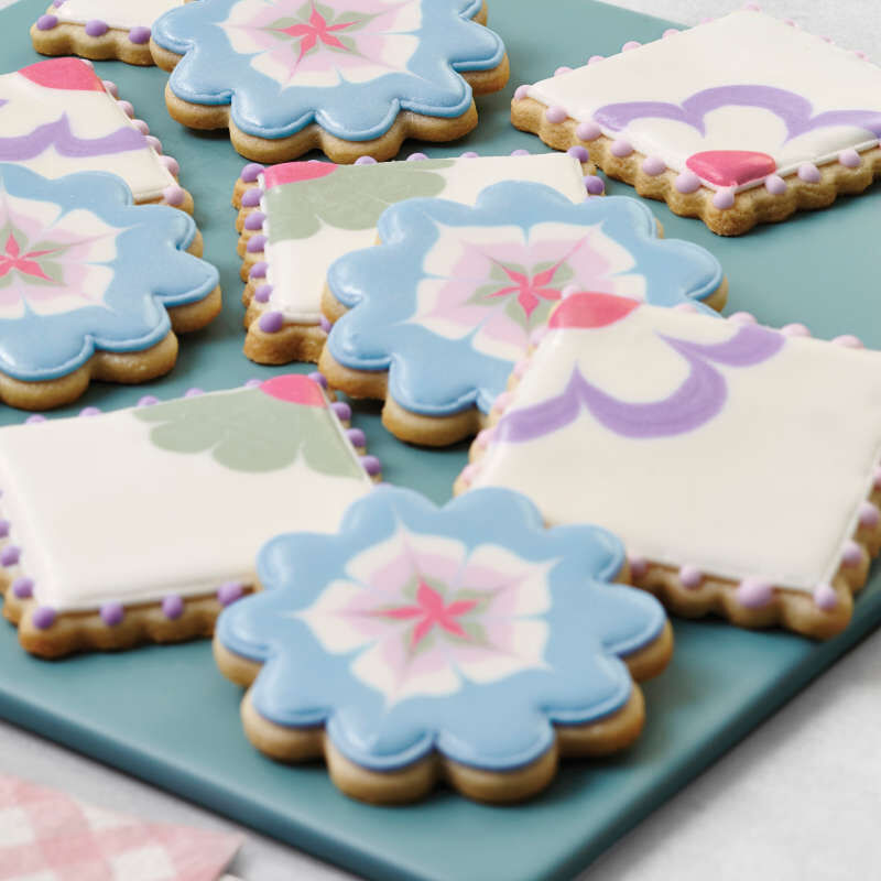 """""""I Taught Myself To Decorate Cookies"""" Cookie Decorating Book Set - How To Decorate Cookies image number 6"""