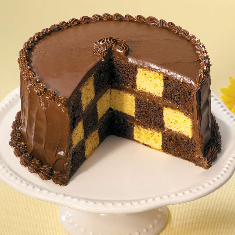 Round Checkerboard Cake Pan Set, 4-Piece image number 2