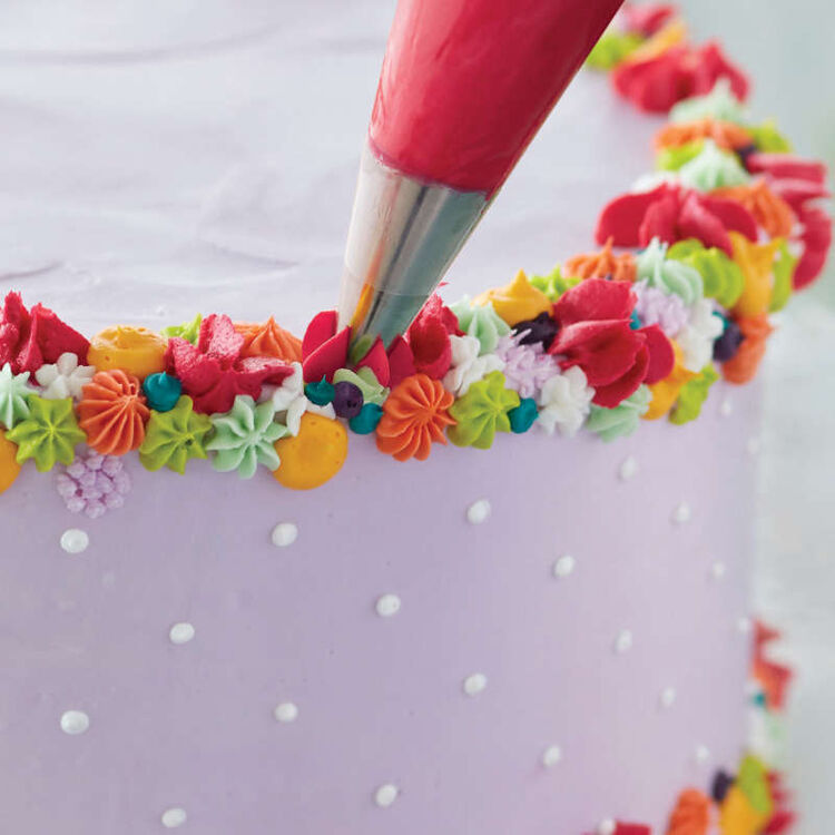 Carry and Display Cake Baking and Decorating Set