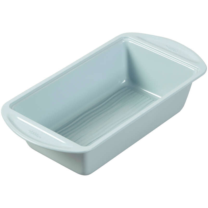 Texturra Performance Non-Stick Bakeware Loaf Pan, 9 x 5-Inch image number 2