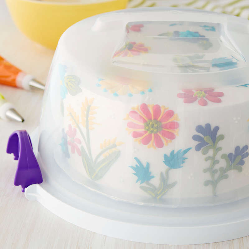 Carry and Display Cake Baking and Decorating Set image number 4