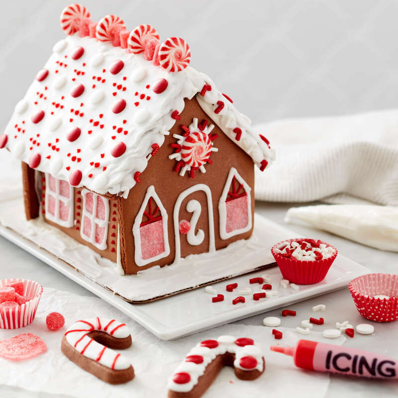 Ready to Decorate Chocolate Cookie House Decorating Kit image number 3