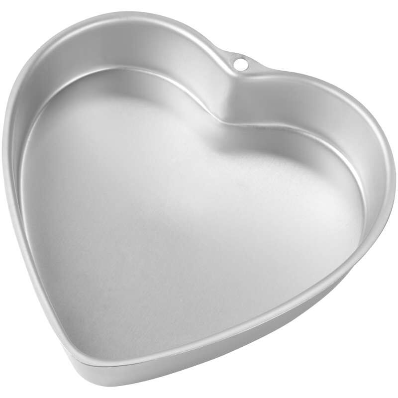 9 Inch Heart Cake Pan Out of Packaging image number 0