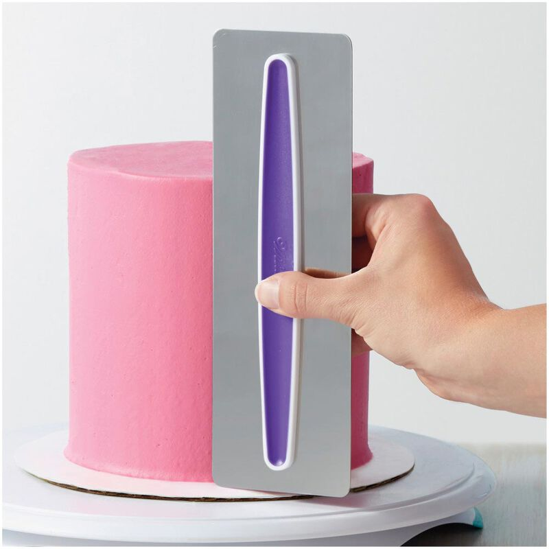 Cake Decorating Kit for Beginners - Lifter, Spatula, Icing Tip/Smoother, and Disposable Decorating Bags image number 8