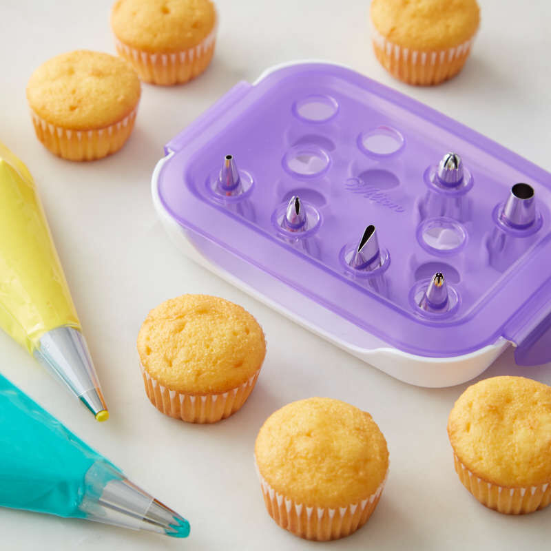 Starter Decorating and Piping Tip Set, 9-Piece image number 3