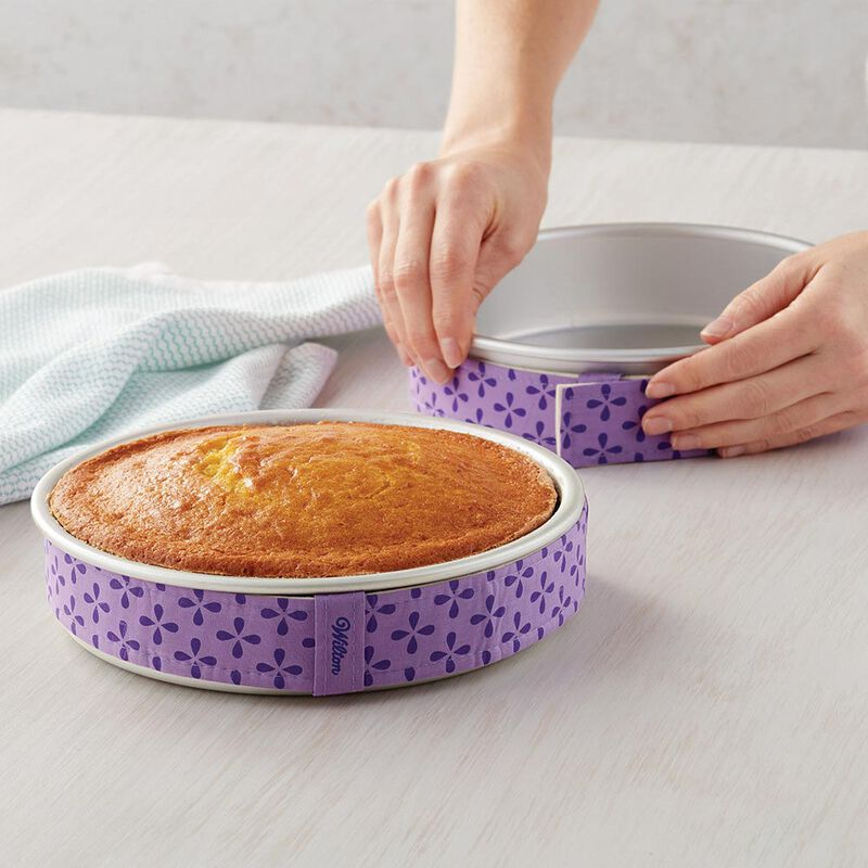 Bake-Even Strips and Round Cake Pan Set, 8-Piece - 6, 8, 10, and 12 x 2-Inch Aluminum Cake Pans image number 4