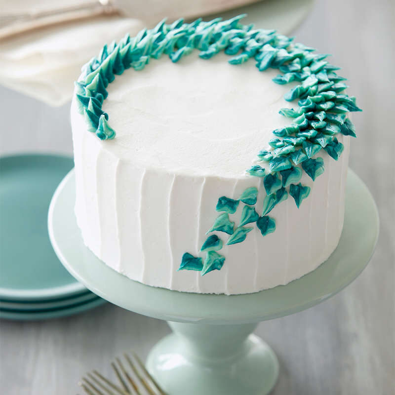 White Cake with Buttercream Leaves image number 4