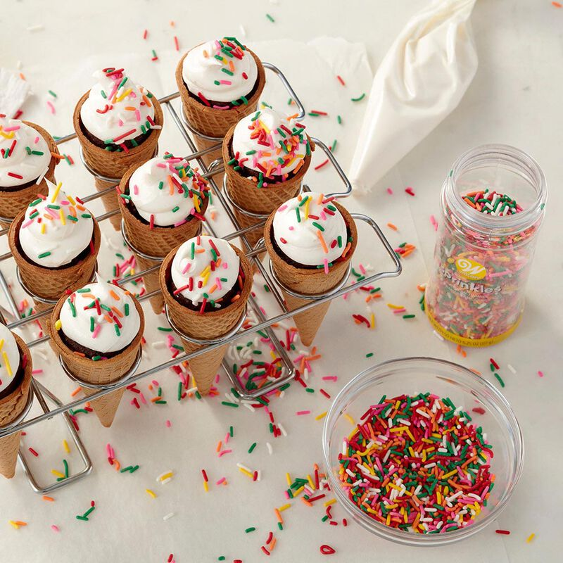 Ice Cream Cone Cupcakes Decorating Kit, 26-Piece - Decorating Bags, Sprinkles, Cupcake Cone Baking Rack image number 4