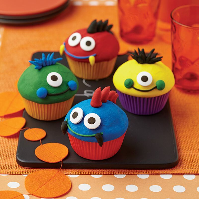 Eye Popping Monster Cupcakes image number 0