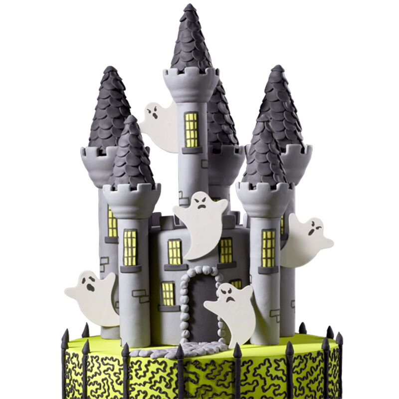 Creepy Castle Cake image number 0