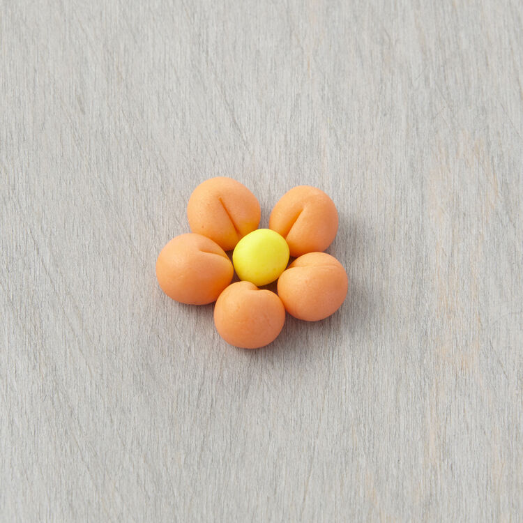 How to Make a Fondant Ball and Flower