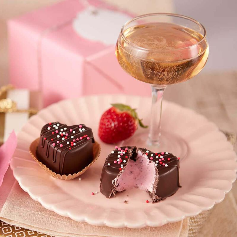 Strawberry Champagne Filled Candies image number 1