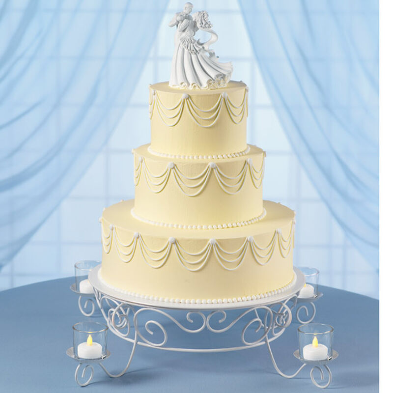 Garland's Glow Wedding Cake image number 0
