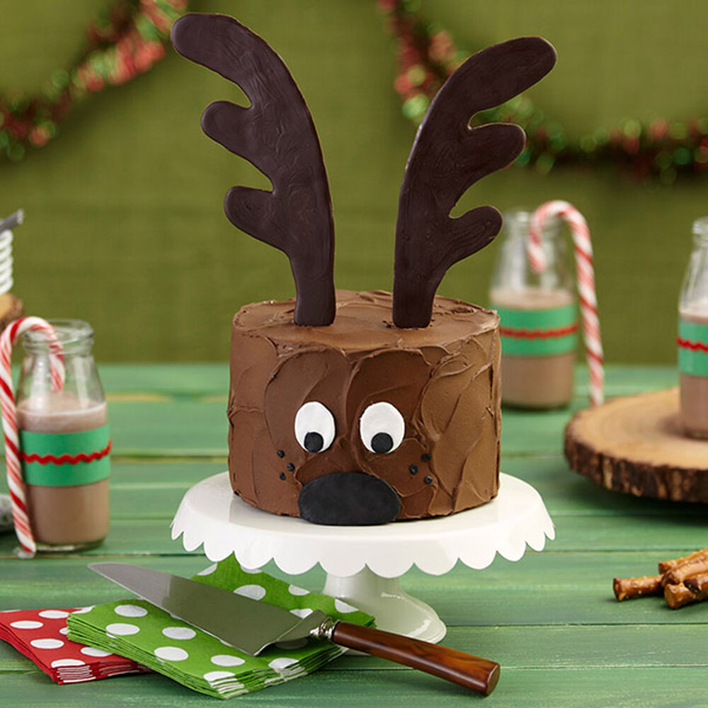 Chocolate Reindeer Christmas Cake