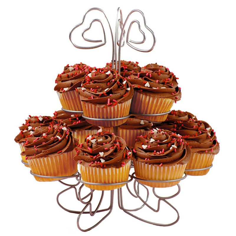 Sweetheart Swirl Cupcakes image number 0