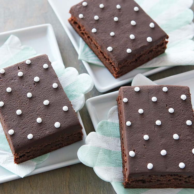 Pipe Dots on Brownies