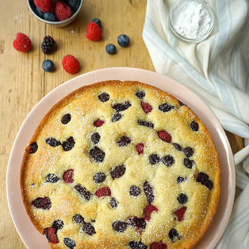 mixed berry cake image number 2