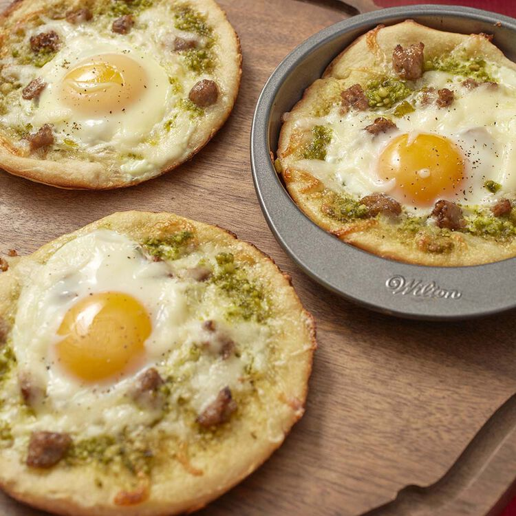 Wilton Breakfast Pizzas