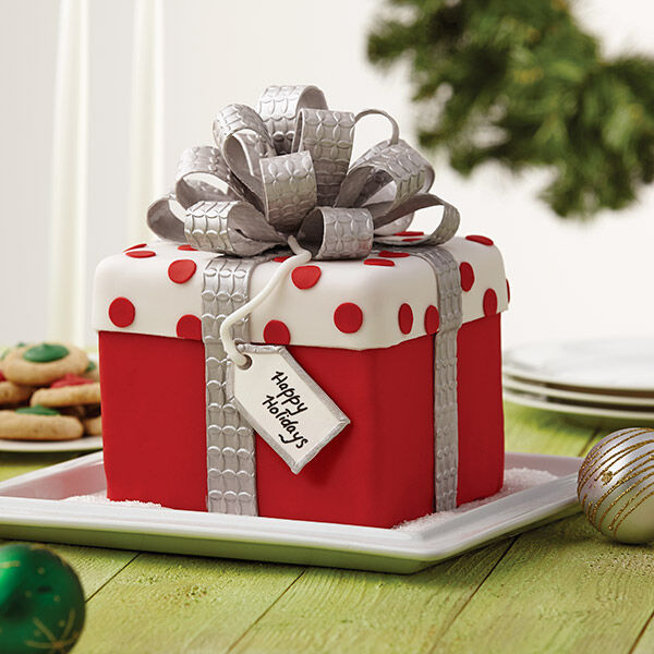 Christmas Gift Box Fondant Cake with Bow Zoom & Christmas Gift Box Fondant Cake with Bow | Wilton