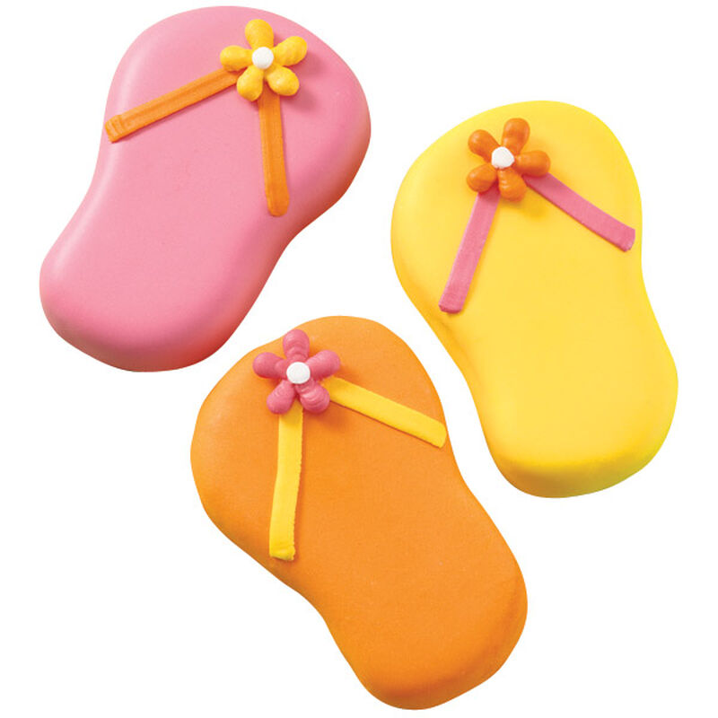 Flip Flop and Fly! Mini Cakes image number 0