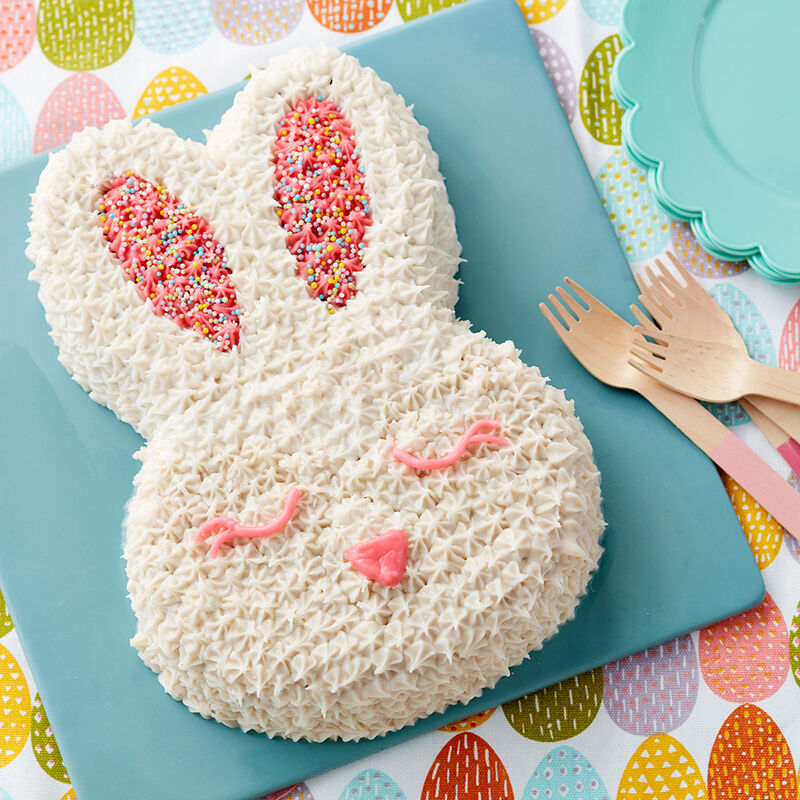 Bunny Face Easter Cake image number 0