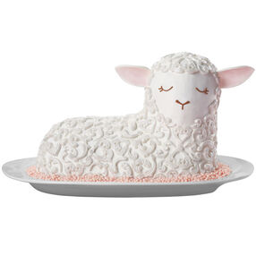 Lamb?s Lullaby Easter Cake