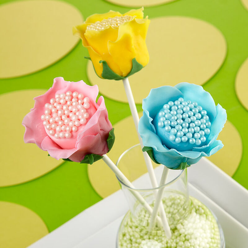 Open Rose Candy Clay Marshmallow Treats image number 0