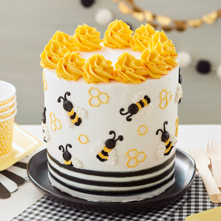 The Bees Knees Star Fill-In Cake