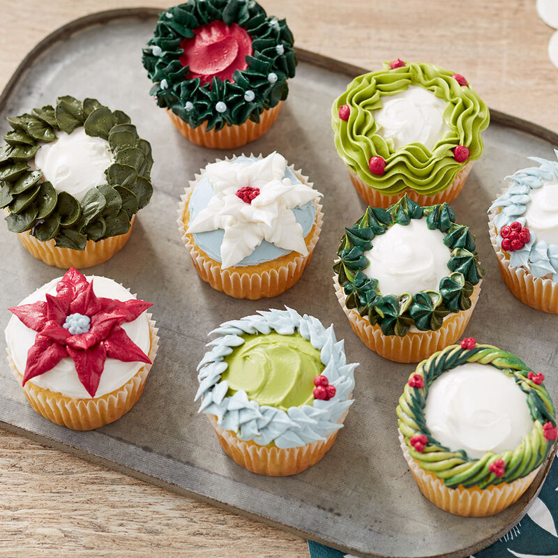 Holiday Wreath and Poinsettia Cupcakes image number 0