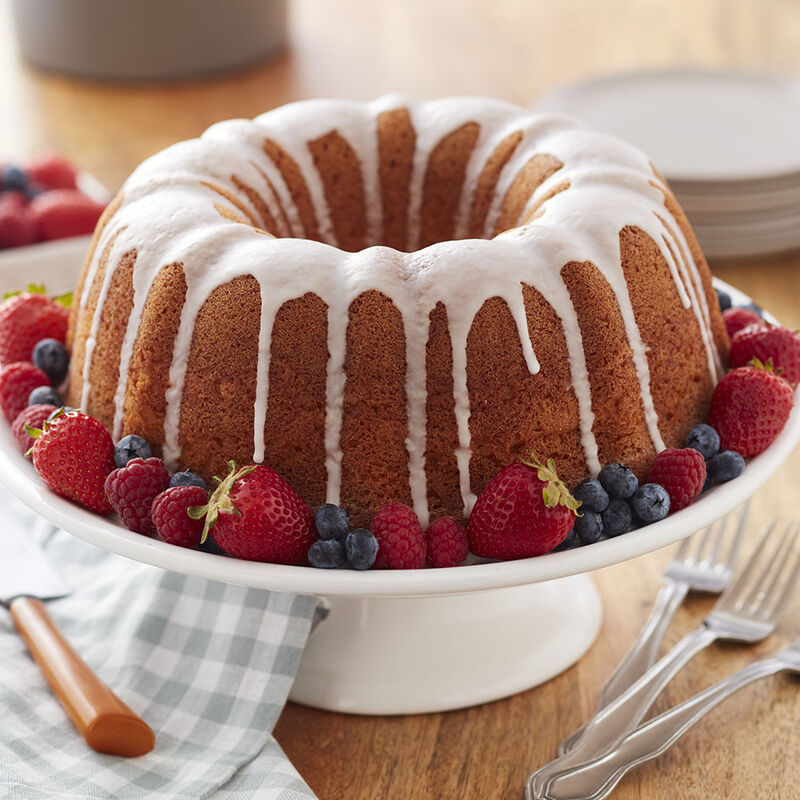 Classic Pound Cake Recipe image number 0