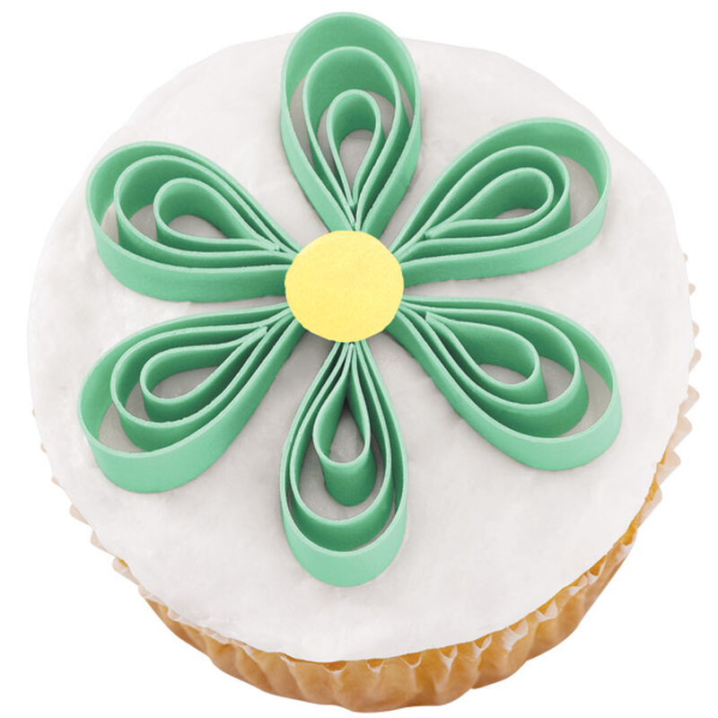 Breezy Blossom Cupcakes image number 0