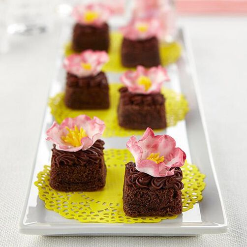 Fantasy Flower Topped Brownies Wilton