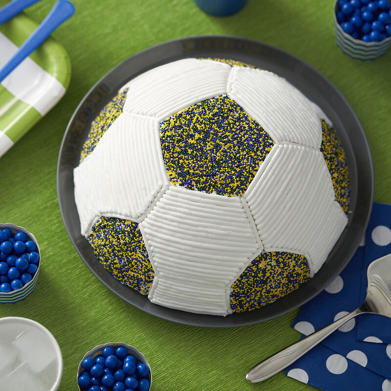 Go for the Goalie Soccer Cake image number 0