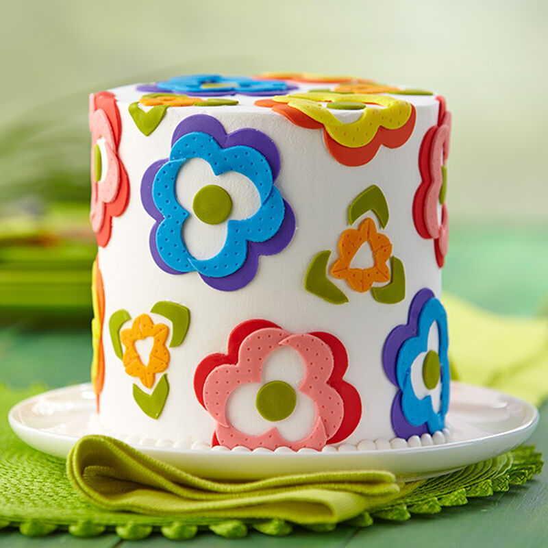 Cheery Fondant Flower Array Cake image number 0