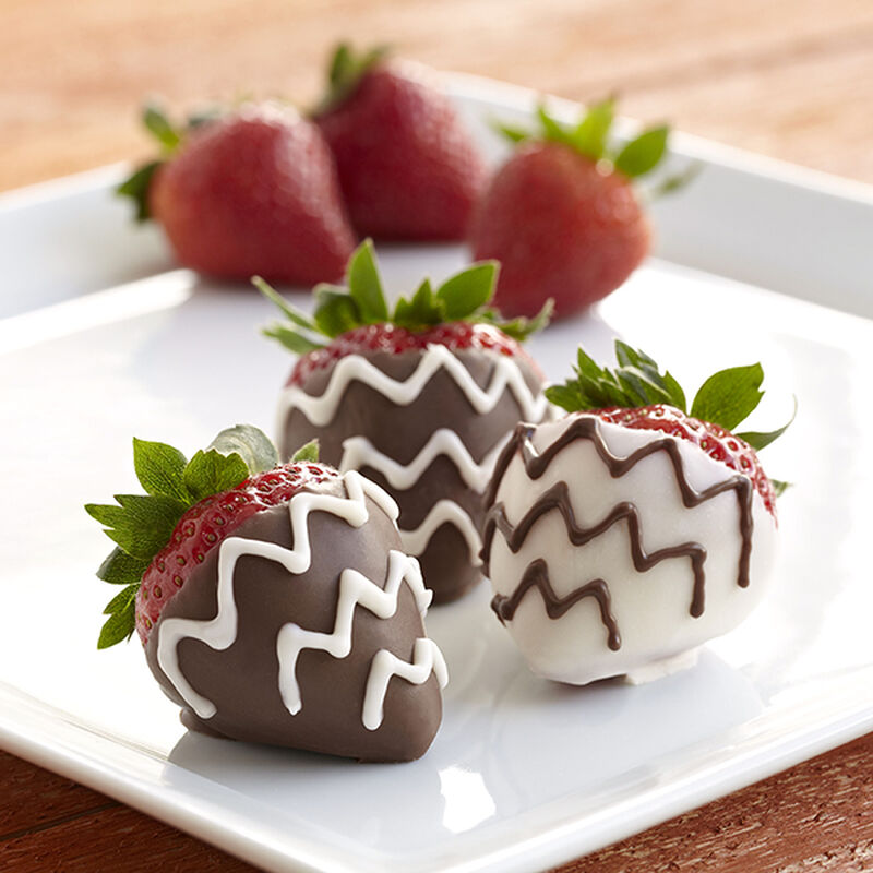 Chevron Dipped Strawberries image number 0