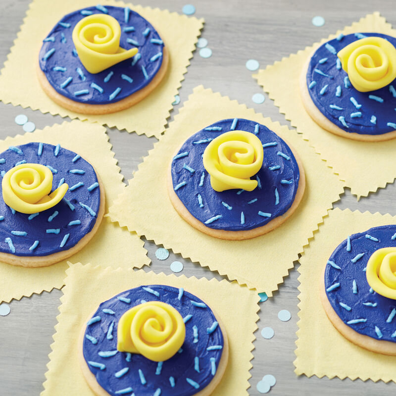 How to make a fondant ribbon rose image number 1