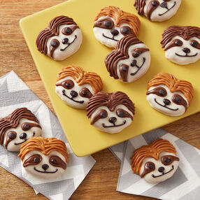 Sensational Sloth Pretzel Snacks