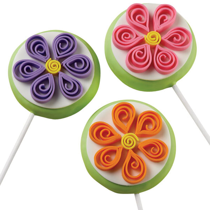Thrilling Quilling Cookie Pops image number 0