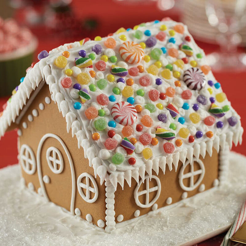 How to Pipe Icicles on a Gingerbread House image number 4