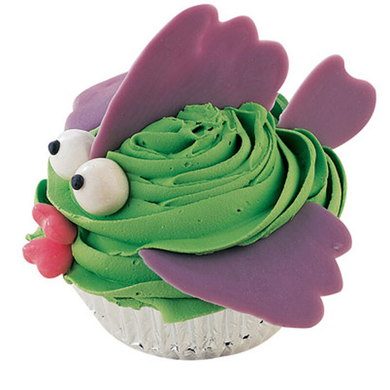 With Baited Breath Cupcakes image number 0