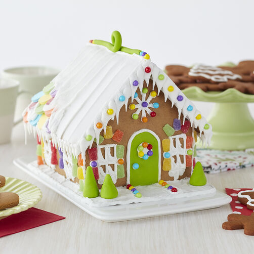 Candy Sweet Gingerbread House #5 | Wilton on butterfly roof designs, church roof designs, gingerbread house chimneys, gingerbread house masonry, garden roof designs, birdhouse roof designs, snow roof designs, gingerbread house details, gingerbread house roofing,