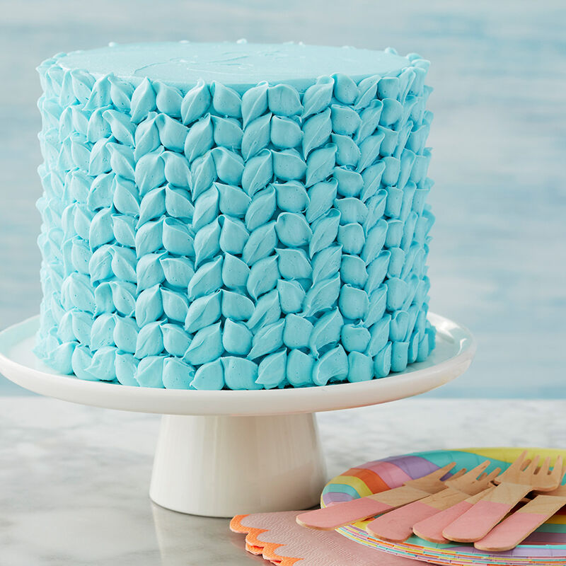 3 Ways to Use Tip 104- Blue Textured Cake image number 3