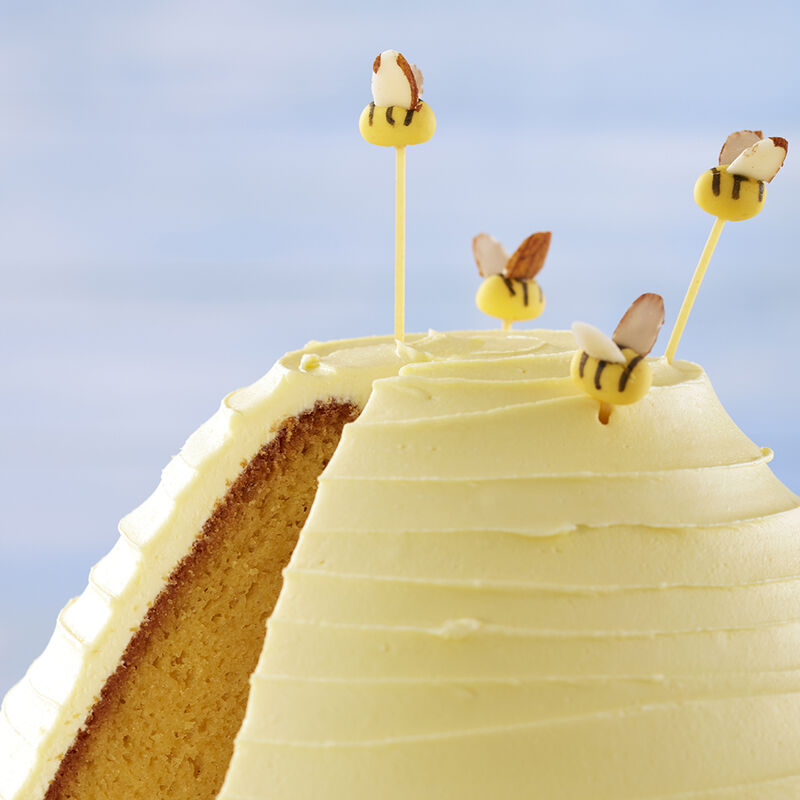 3D Beehive Cake  image number 2