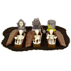 One Wickedly Good Graveyard Candies