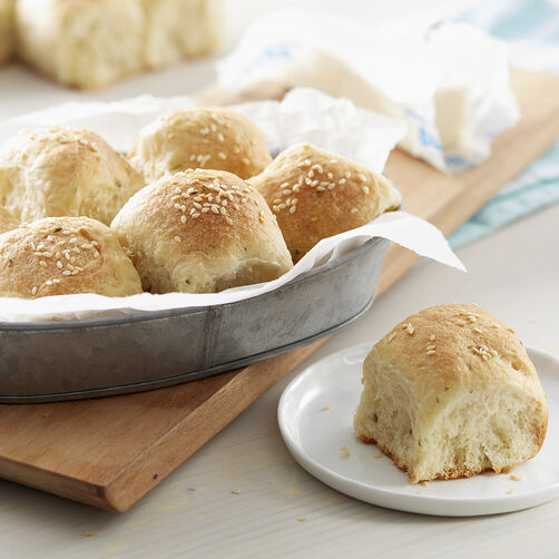 Sesame and Parsley Dinner Rolls