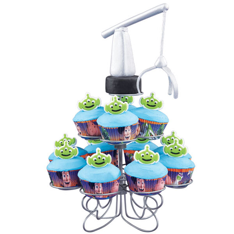 The Claw Craves Cupcakes