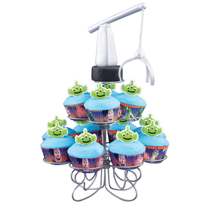 The Claw Craves Cupcakes image number 0