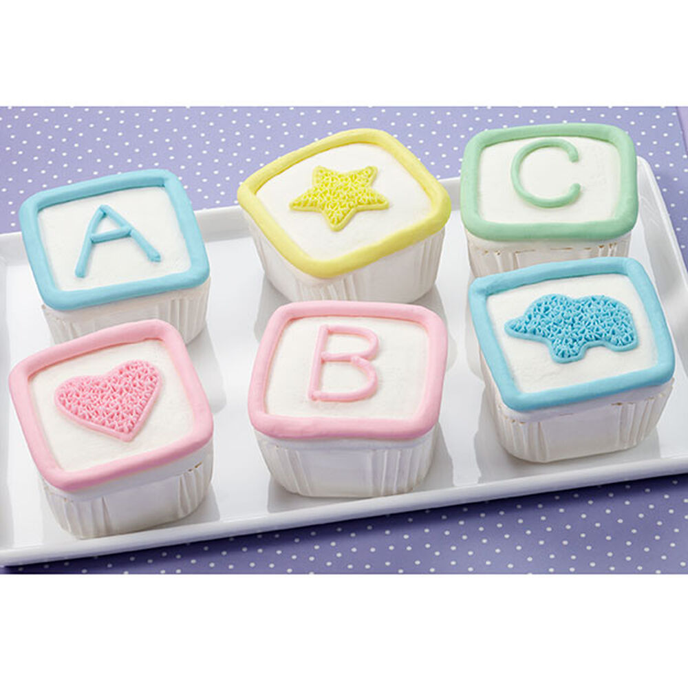 Fondant Cake Decorations For Baby Shower