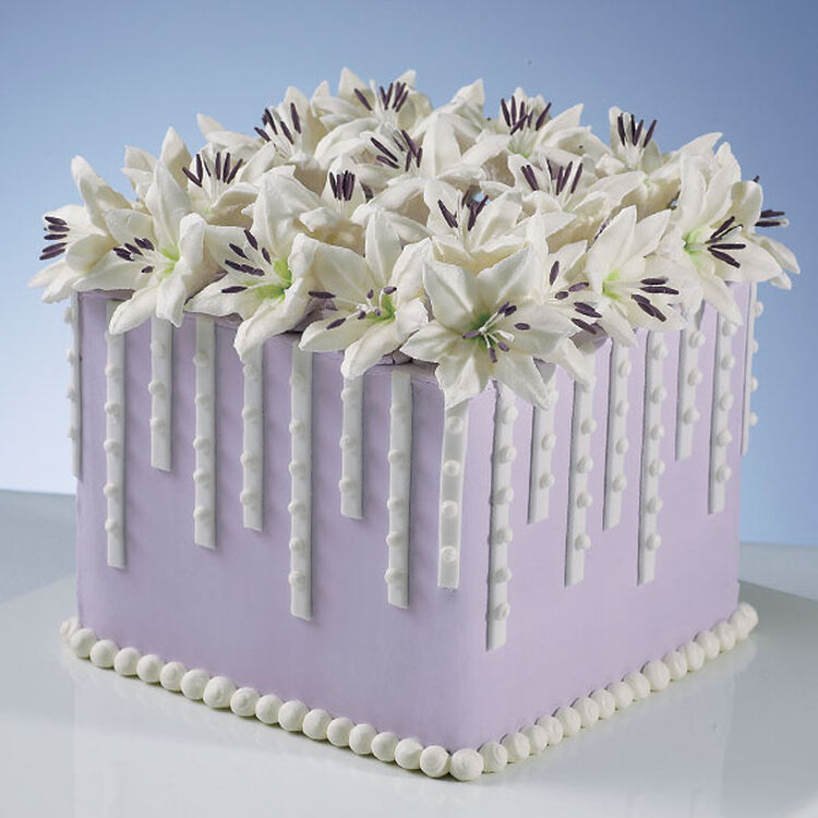 Lillies and Lavender Cake